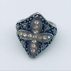 Women's ring size 8 cross rhinestone black silver